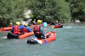 Sports d'eau vive : Canoe gonflable dans les Alpes de Haute-Provence
