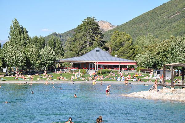 Plans d'eau et piscines des Alpes de Haute-Provence : Plan d'eau Les Ferréols à Digne-les-Bains