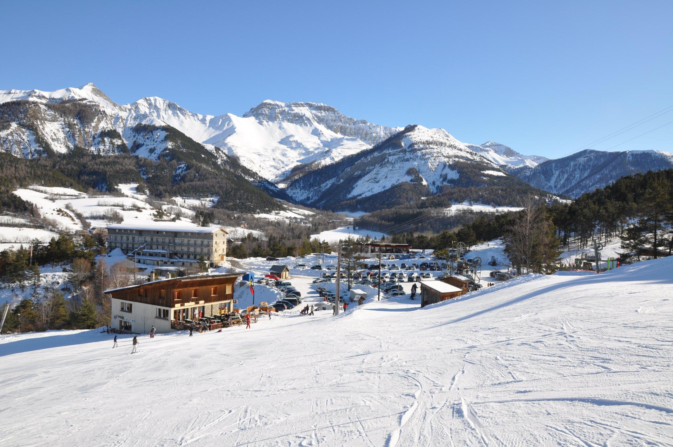 station de ski le grand puy alpes de haute provence tourisme. Black Bedroom Furniture Sets. Home Design Ideas