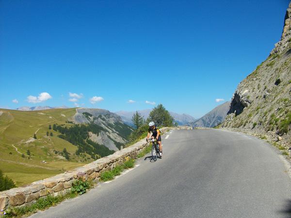 Col de la Bonnette Restefond sur la route des grandes Alpes photo ADT04/GBe