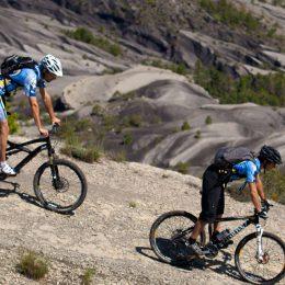 VTT Grande traversée L'Alpes Provence ©Michel Delli Photograhies