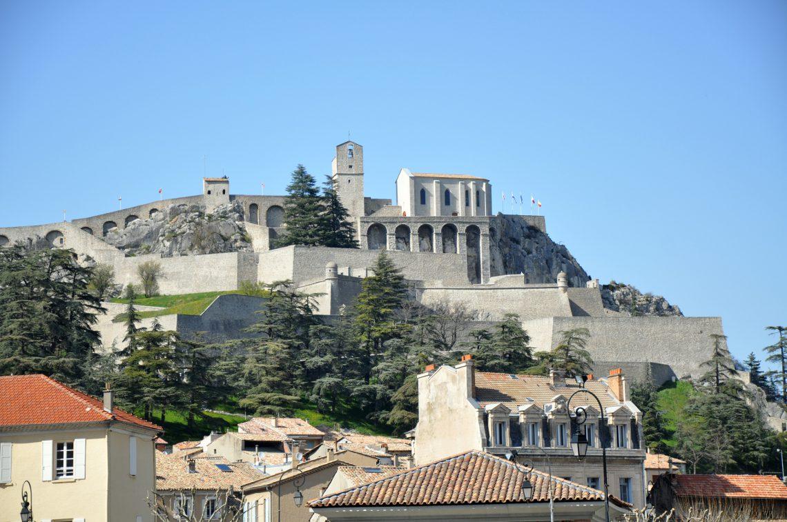 Sisteron, la citadelle de la vallée de la Durance ©ADT04/BC Patrimoine fortifié