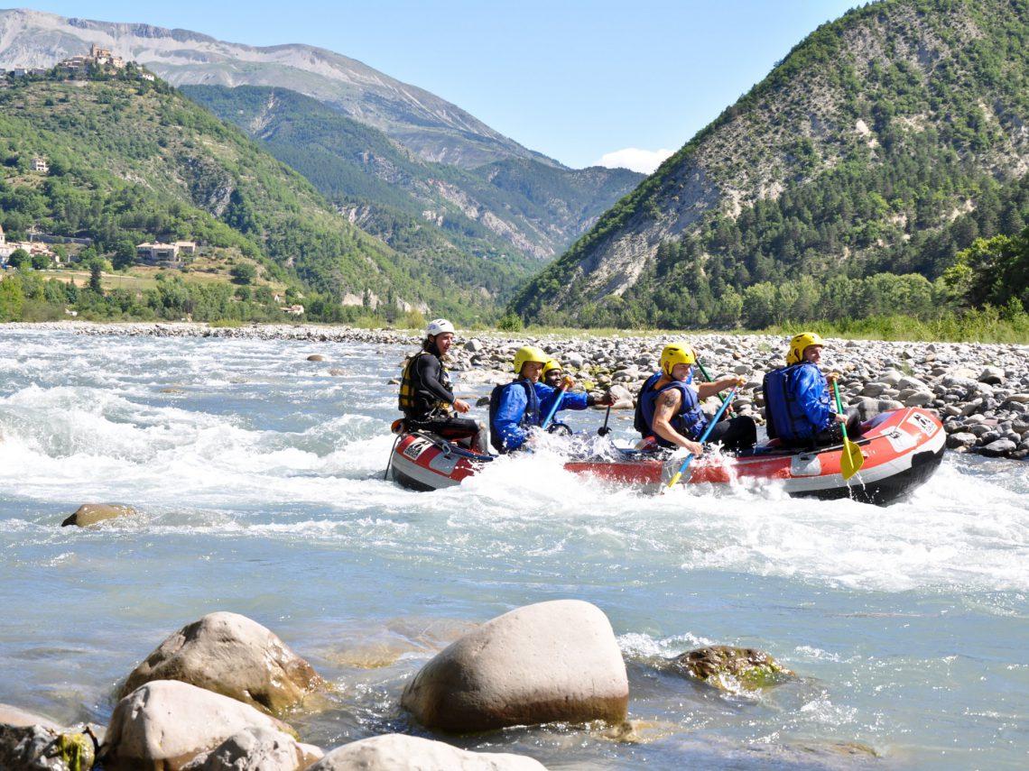 rafting sur la rivière Var : sports d'eau vive
