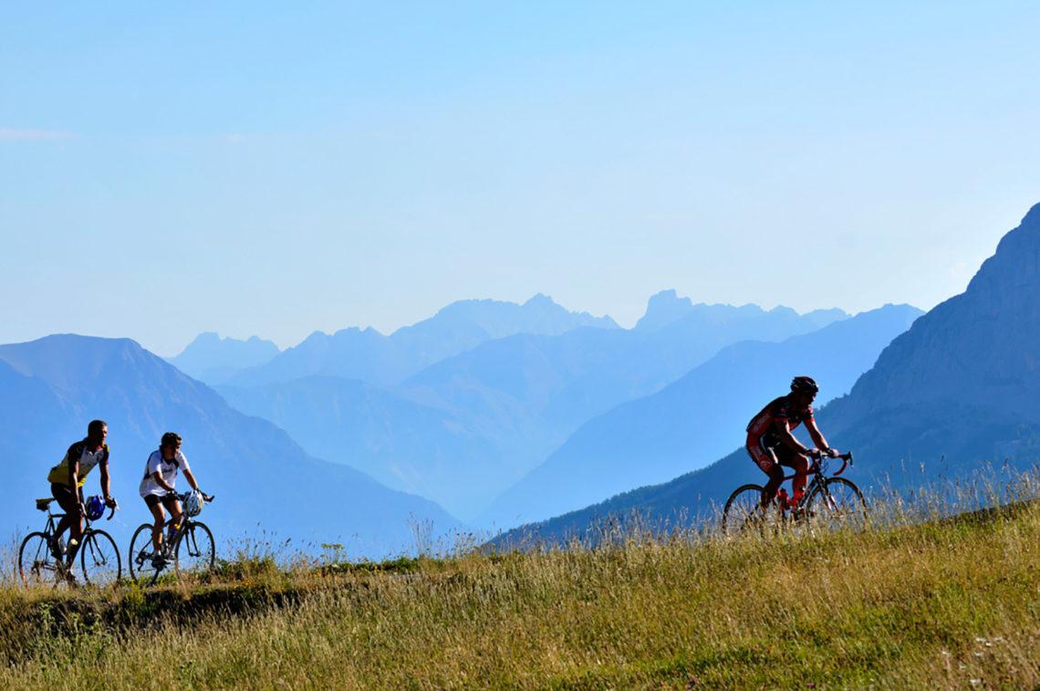 Cyclotourisme en Ubaye ©AD04-Manu Molle