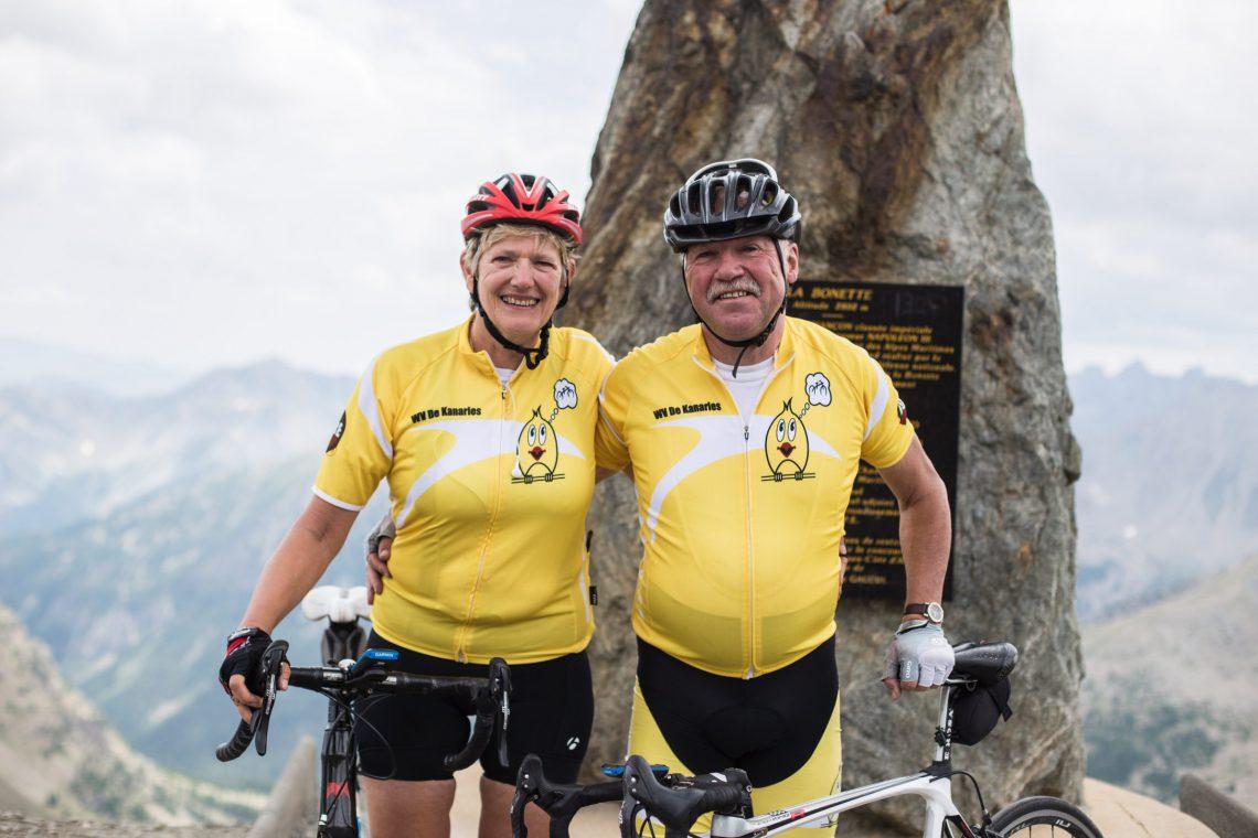 cyclistes au col de la Bonette ©Théo Giacometti