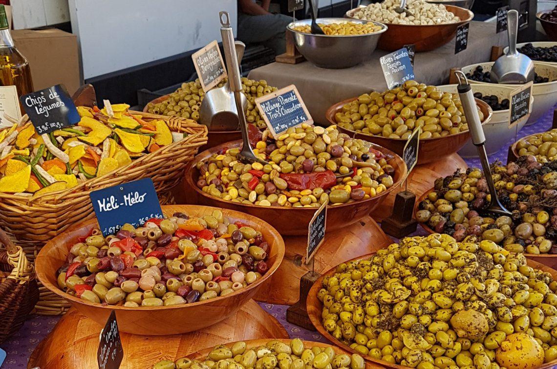 Olives sur les marchés de Provence