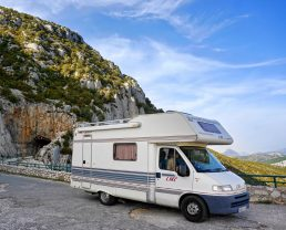 Camping-car dans le Verdon ©creative commons CC0
