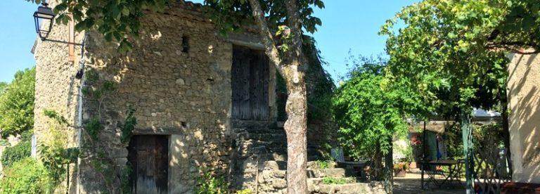 Hameau de Nevières - ©CCPFML