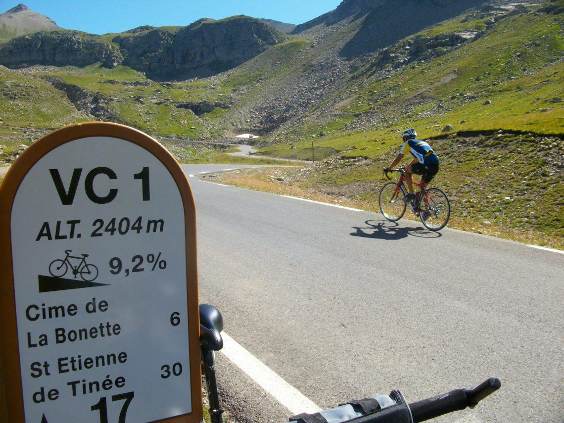 vélo Cime de la Bonette dans la vallée de l'Ubaye